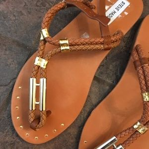 Steve Madden Shoes - Steve Madden tan and gold sandals